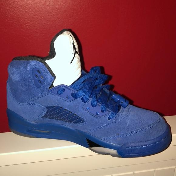pretty nice b98d9 98a3f Jordan Retro 5s - Blue
